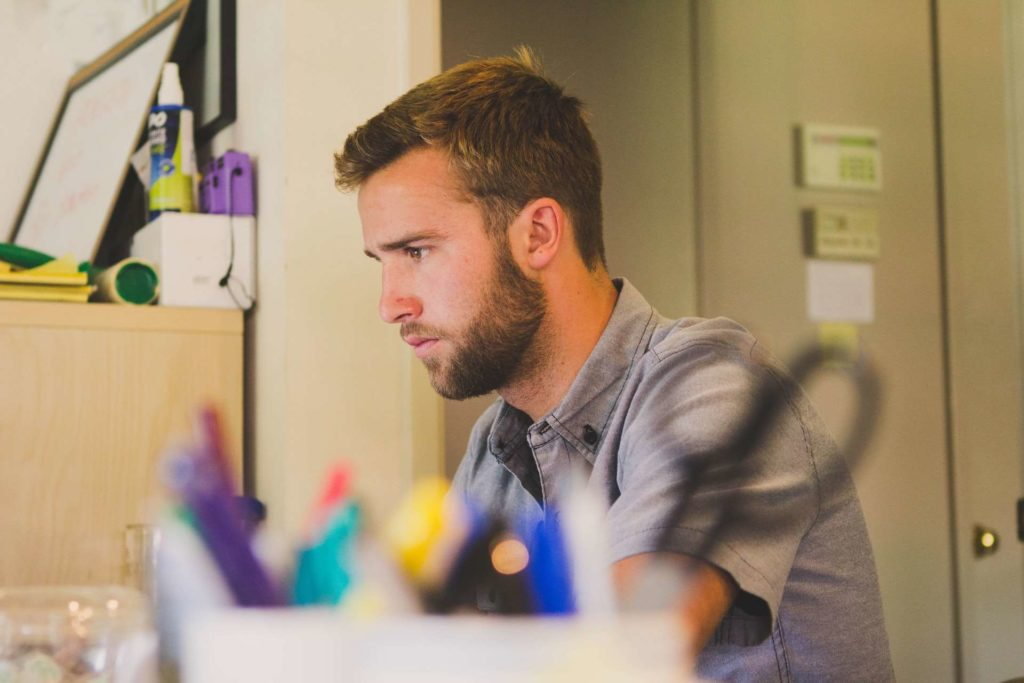 Mit diesen 10 durchdachten Anfangstipps für das Informatikstudium wirst du mehr Spaß und Erfolg haben